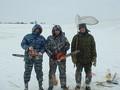Зимняя суровая рыбалка